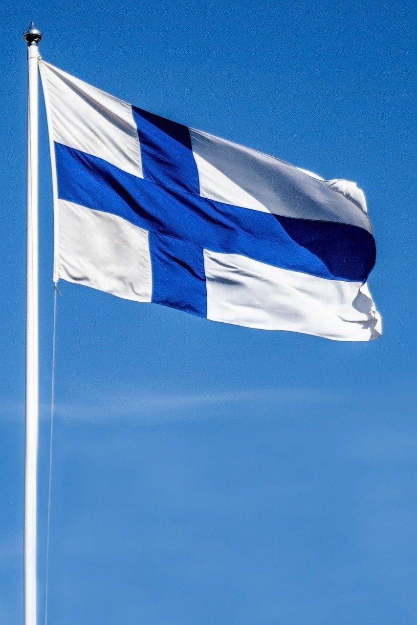 Me Kansa - Suomen lippu